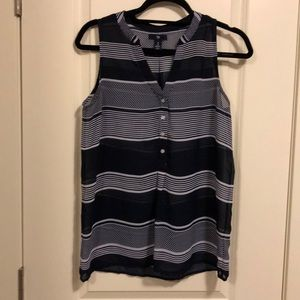 Gap navy white stripe top
